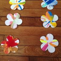 Kids Activity: peinture de printemps avec une essoreuse à salade!