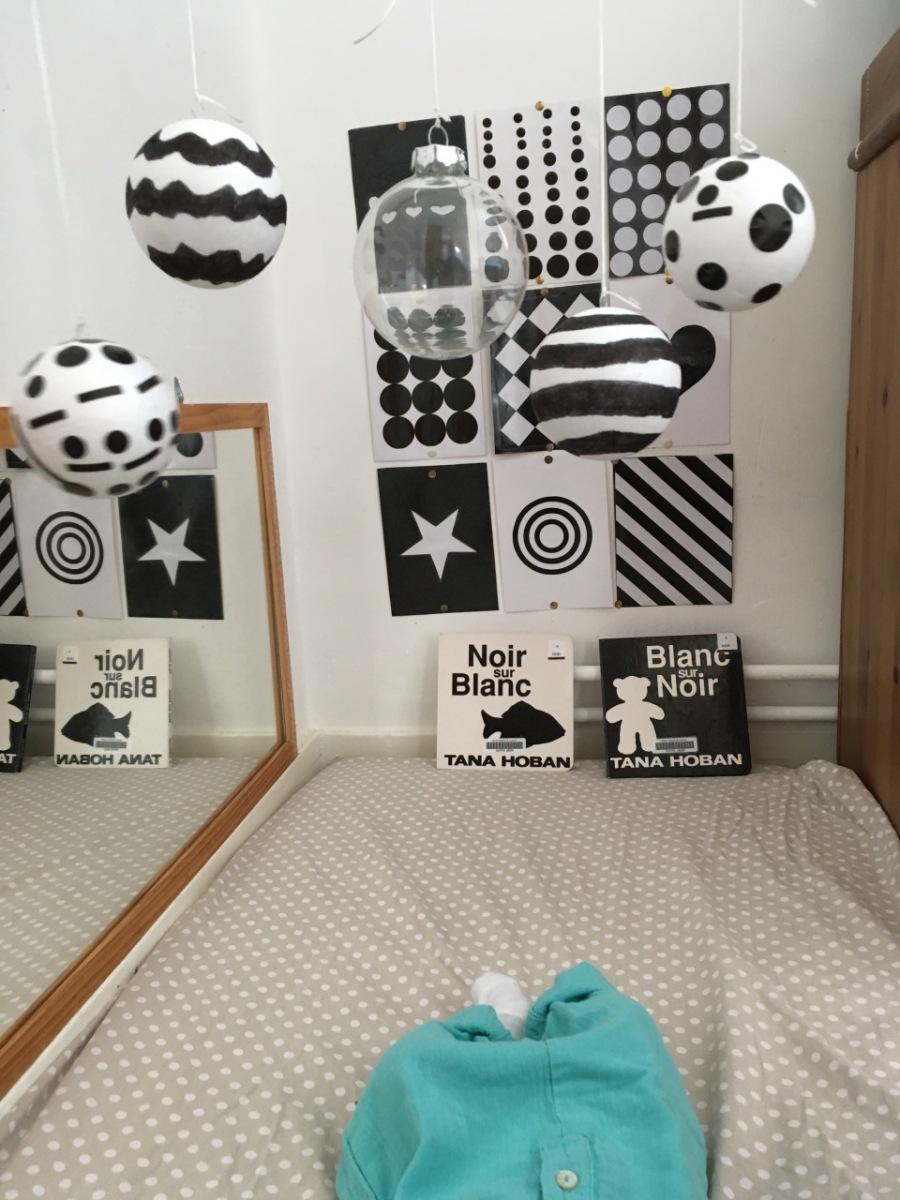 Eveil des touts-petits: noir et blanc