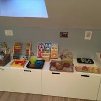 """Plateaux de motricité Montessori (18 mois) + avis sur """"Montessori pour les 0-3 ans"""" (éditions Balland)"""