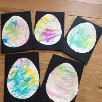 Cartes de Pâques: papier marbré