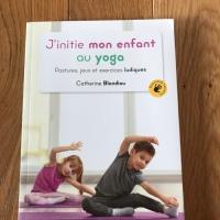 J'initie mon enfant au yoga (éditions Jouvence)