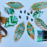 Dessiner sur les feuilles mortes