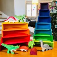 Dinosaures Holztiger et livre pop-up (éditions Nuinui jeunesse)